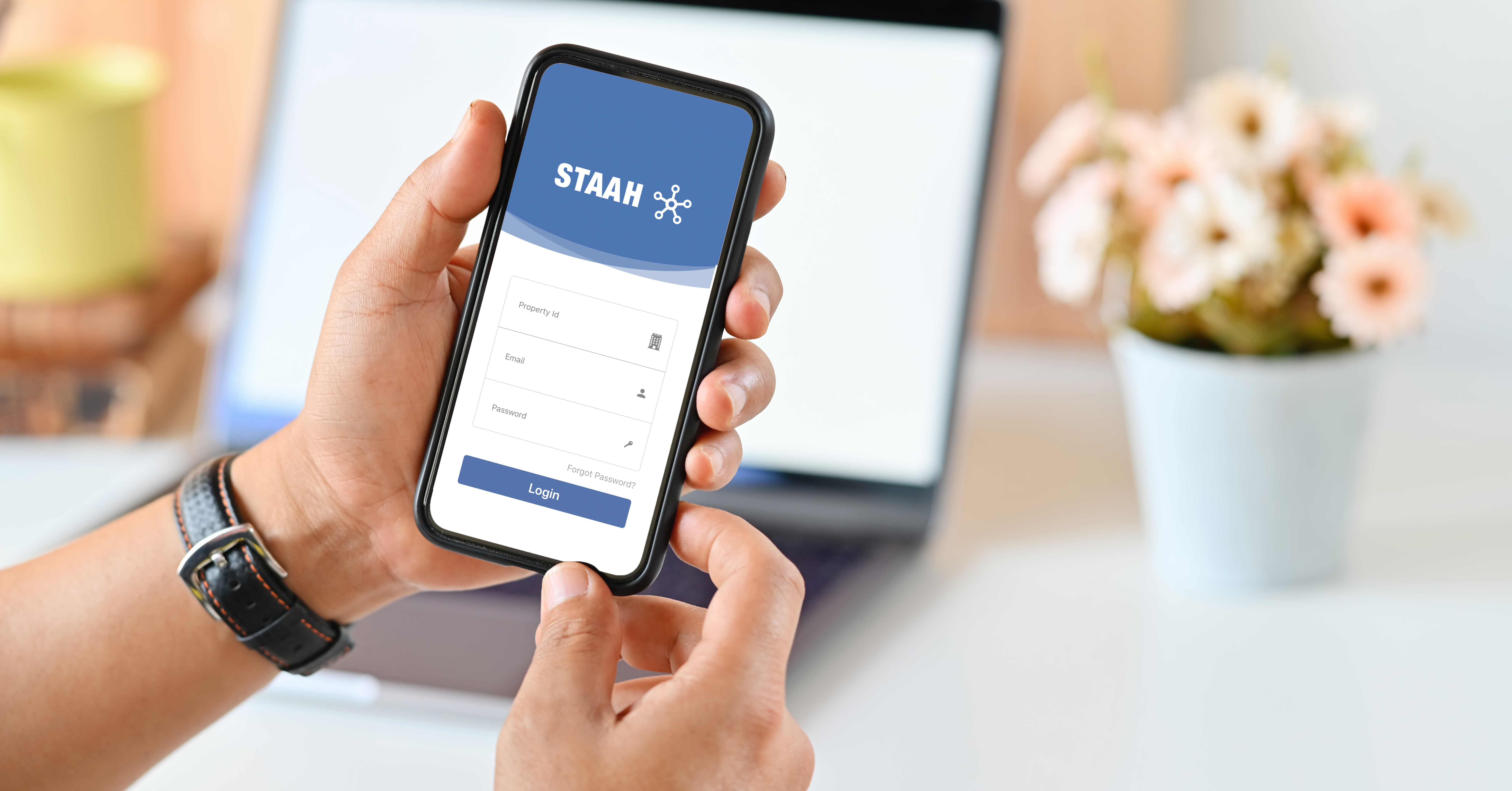 STAAH Max Mobile App